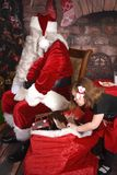 Ne vous ouvrez pas jusqu'au 25 décembre ! photo stock