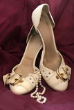 neacklace operla butów target817_1_ Zdjęcie Royalty Free