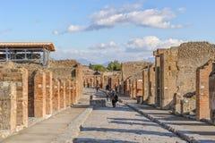 NEAPEL, ITALIEN - 19. JANUAR 2010: Straße von Pompeji Lizenzfreie Stockfotos