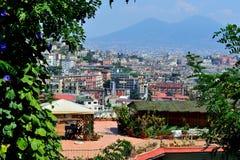Neapel und der Vesuv Lizenzfreies Stockfoto