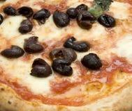 neapolitan αρχική πίτσα Στοκ εικόνα με δικαίωμα ελεύθερης χρήσης