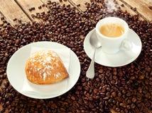 Neapolitan Sfogliatella frolla with espresso Royalty Free Stock Images