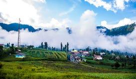 Near montering Bromo Indonesien för Cemoro Lawang by Arkivbilder