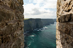Near the ocean - Cliffs & nature at the coast of Ireland Royalty Free Stock Images