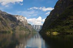 Nearofjord dal traghetto Fotografia Stock Libera da Diritti