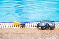 Nearside de la cámara y de la máscara de la acción la piscina Fotos de archivo libres de regalías