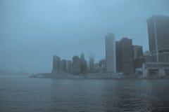 Nebbia densa in Manhattan Immagini Stock