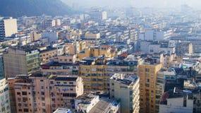 Nebbia di Rio De Janeiro Apartment Buildings Morning fotografie stock libere da diritti