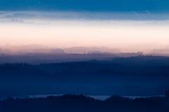 Nebbia sopra le alpi bavaresi Fotografie Stock Libere da Diritti