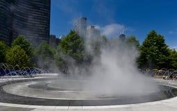 Nebbia sulla fontana Fotografia Stock Libera da Diritti