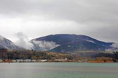 Nebbia in svizzero Alpes switzerland Fotografie Stock