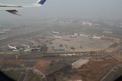 Nebel über internationalem Flughafen Mumbais Lizenzfreie Stockfotografie