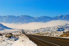 Nebel in den Bergen Stockfotos