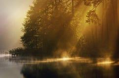 Nebel des frühen Morgens Lizenzfreies Stockfoto