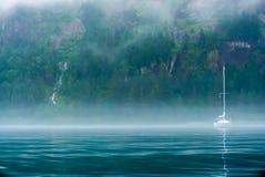 Nebel des frühen Morgens Stockfoto