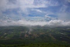 Nebel und Himmel Lizenzfreies Stockfoto