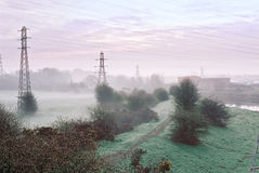 Nebelhafte Dämmerung stockfoto