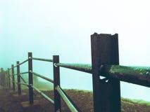 Nebelhafter Tag stockbild