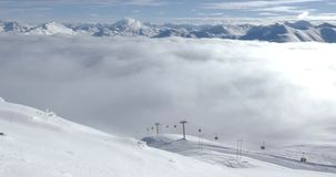 Nebelige Gondel-Alpen 4k stock footage