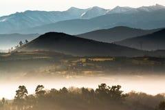 Nebelige Landschaft Lizenzfreie Stockbilder