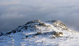 Nebeliger Berg Stockbilder