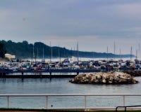 Nebeliger Hafen Lizenzfreie Stockfotografie