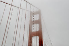 Nebeliges Golden gate bridge, San Francisco Stockfoto