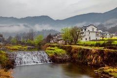 Nebenflüsse und Dörfer Stockbild