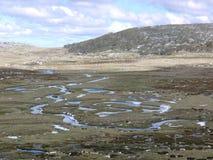 Nebenflüsse in den Snowy-Bergen Lizenzfreies Stockfoto
