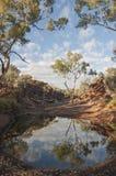 Nebenfluss, billabong in Australien, alter Standort der eingeborenen Völker für die Öffentlichkeit Stockbild