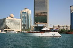 Nebenfluss Dubai stockfotos