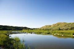 Nebenfluss-Hügel Lizenzfreies Stockfoto