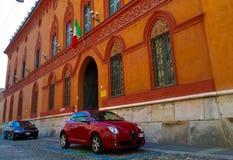 Nebenstraße Cremonas Italien stockbilder
