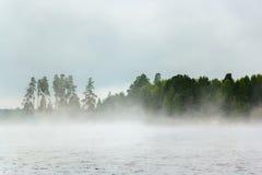 Neblina sobre el agua Foto de archivo libre de regalías