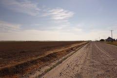 Nebraska lantgårdväg Royaltyfria Bilder