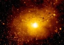 Nebulosa delle stelle, della polvere e del gas in una galassia lontana fotografie stock libere da diritti