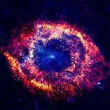 Nebulosa luminosa con le stelle nello spazio cosmico fotografie stock