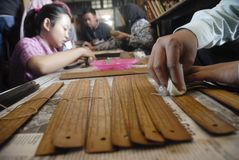 NECESIDADES ANTIGUAS INDONESIAS DE LA FINANCIACIÓN DE LA VOLUTA Imagen de archivo libre de regalías