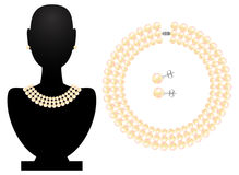 Necklace and earrings from pearls Royalty Free Stock Photography