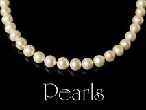 Necklace of white pearls Royalty Free Stock Images