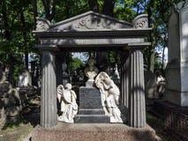 Necrópolis de Alexander Nevsky Lavra Sob a autoridade do imagens de stock royalty free