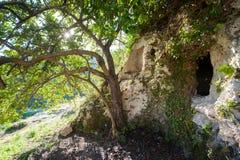 Necrópolis rocosa Foto de archivo