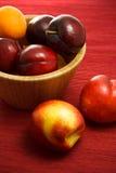 Nectarinas, ciruelos y albaricoques jugosos Fotos de archivo libres de regalías
