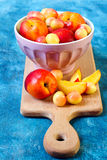 Nectarines and sweet cherry Royalty Free Stock Photography