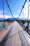 nedanför fartyg bridge för den september för dagen trevligt vatten inställningen Royaltyfri Fotografi