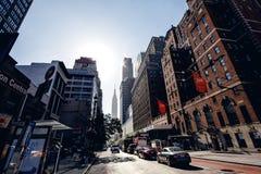 Nedanför sikt på skyskrapor i New York Arkivbilder