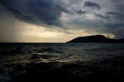 Nederbörd över Blacket Sea arkivbilder
