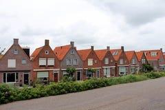 Nederländerna Volendam, typiska byggnader Arkivfoton
