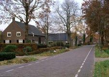 nederländsk lantlig by Arkivbild