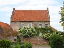 Nederlands huisplattelandshuisje 1633 Stock Foto's